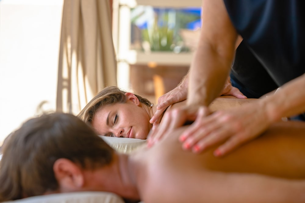 Massage, Portofino Island Resort