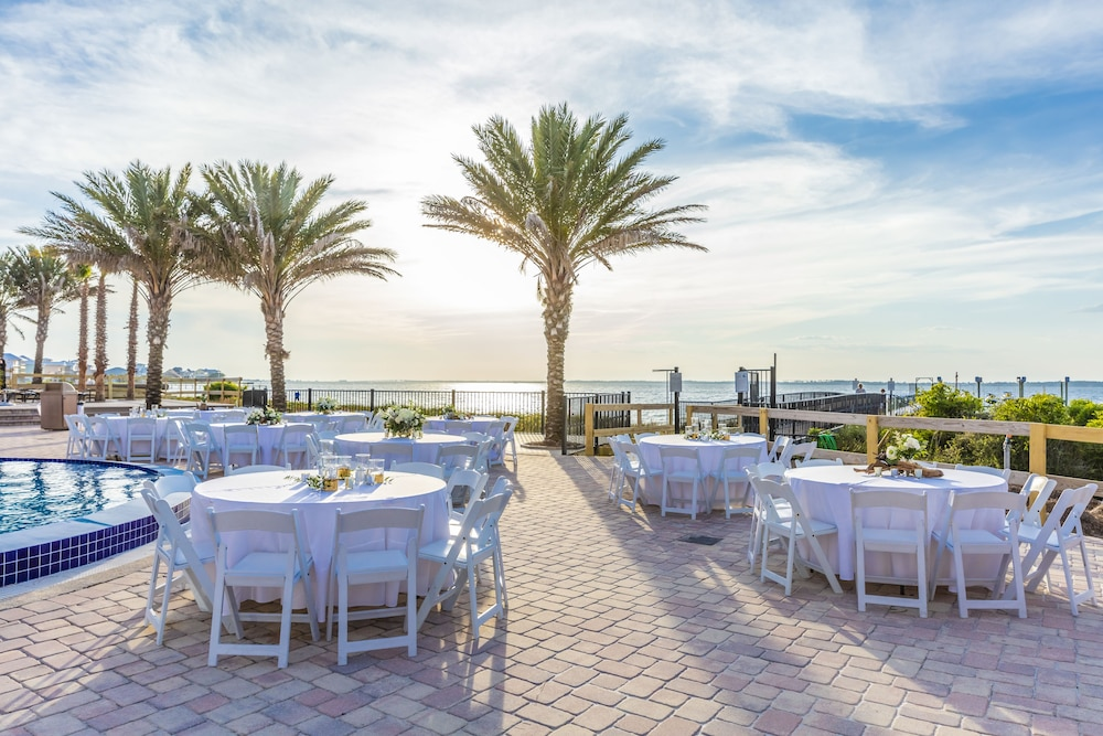 Outdoor Banquet Area, Portofino Island Resort