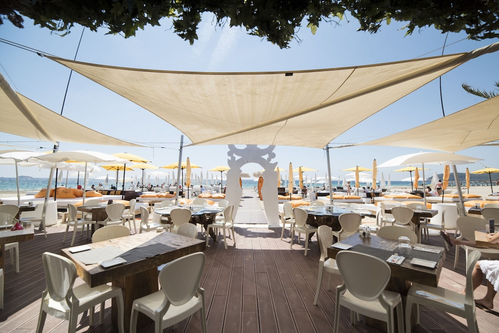 Beach Bar, Ushuaia Ibiza Beach Hotel