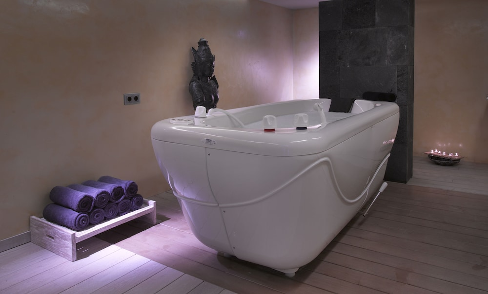 Treatment Room, Ushuaia Ibiza Beach Hotel