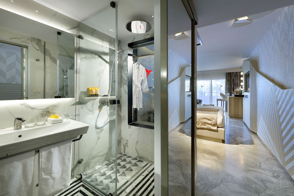 Bathroom, Ushuaia Ibiza Beach Hotel