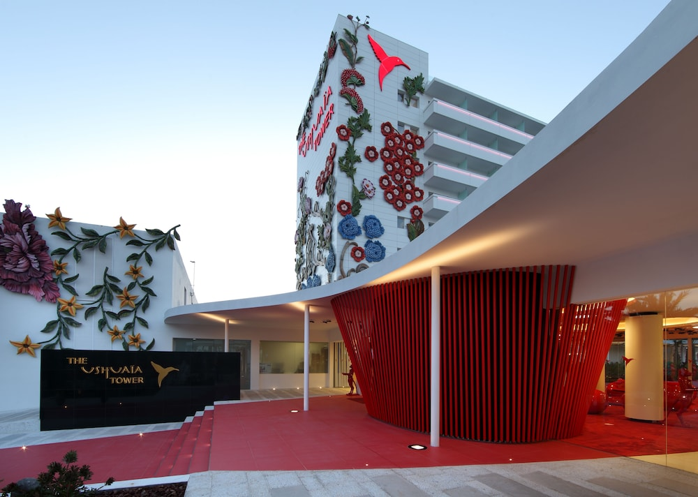 Property Entrance, Ushuaia Ibiza Beach Hotel
