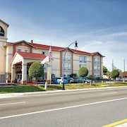 La Quinta Inn & Suites by Wyndham Tampa Bay Area-Tampa South