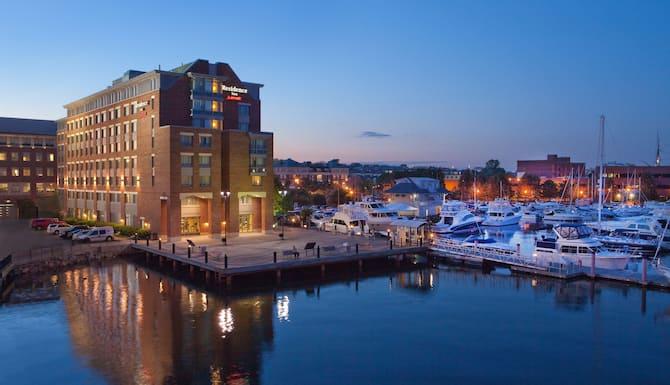 Residence Inn By Marriott Boston Harbor On Tudor Wharf In Boston Ma Expedia