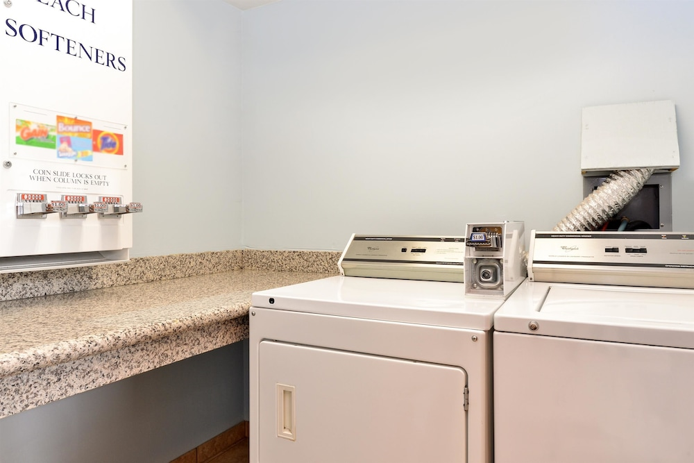 Laundry Room, Americas Best Value Sandman Inn