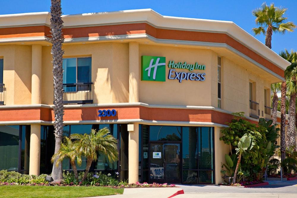Expedia Holiday Inn Newport Beach