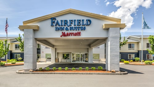 Check Expedia for Availability of Fairfield Inn & Suites by Marriott Bend Downtown