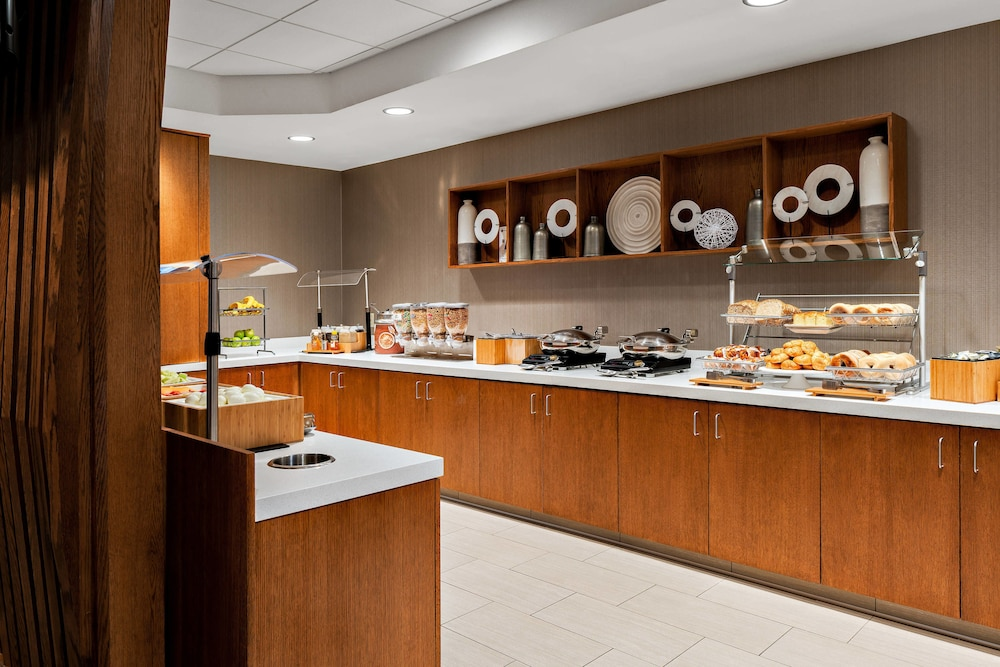 Buffet, SpringHill Suites by Marriott San Diego-Scripps Poway