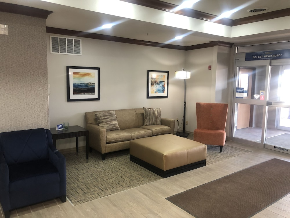 Lobby Sitting Area, Best Western Plus Sparta Trail Lodge