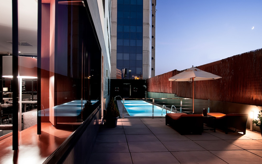 Outdoor Pool, AC Hotel Murcia by Marriott