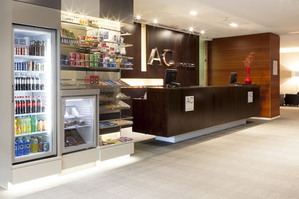 Reception, AC Hotel Murcia by Marriott