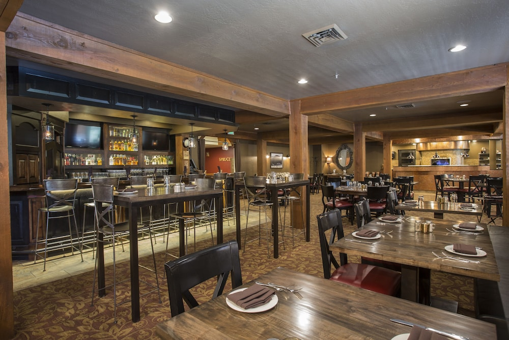 Dining, Lodges at Deer Valley