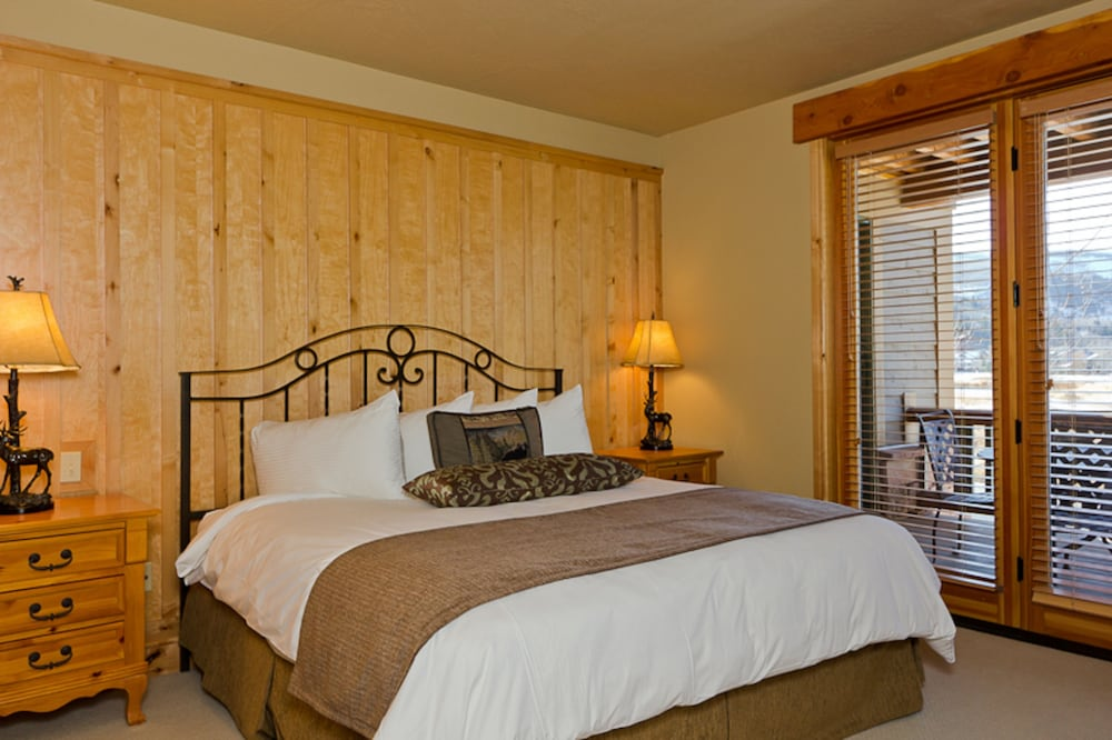 Room, Lodges at Deer Valley