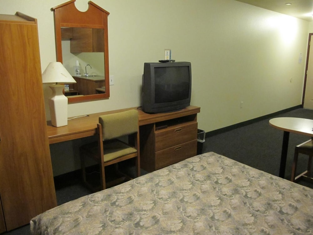 Room, Microtel Inn & Suites by Wyndham Eagle River/Anchorage Area