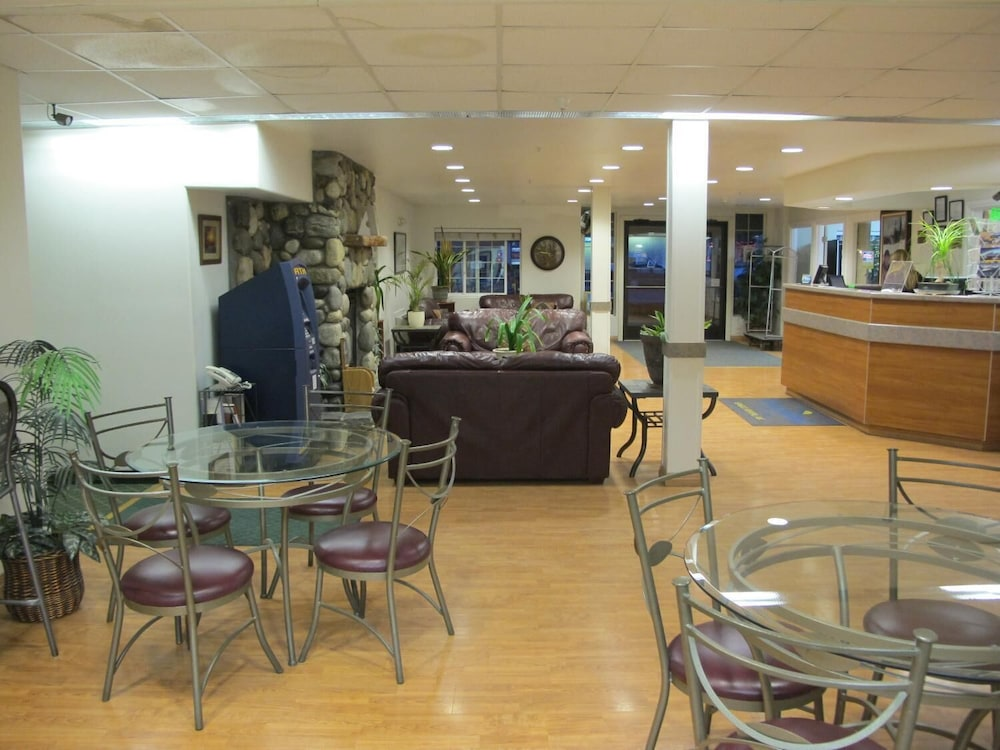 Restaurant, Microtel Inn & Suites by Wyndham Eagle River/Anchorage Area