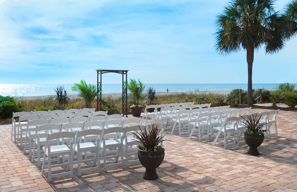 Outdoor Wedding Area, The Breakers Resort