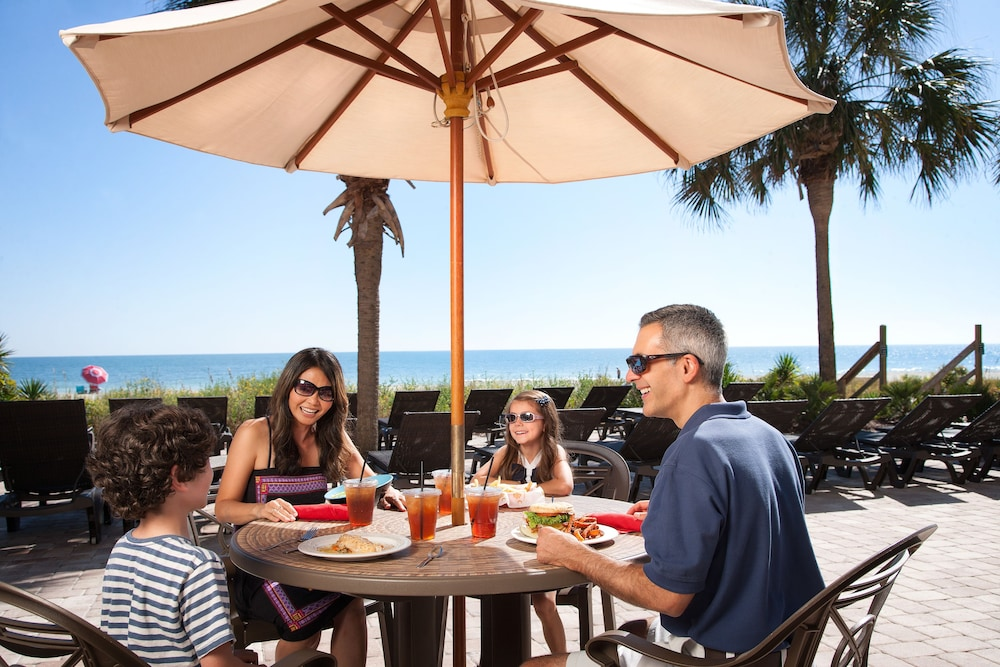 Outdoor Dining, The Breakers Resort