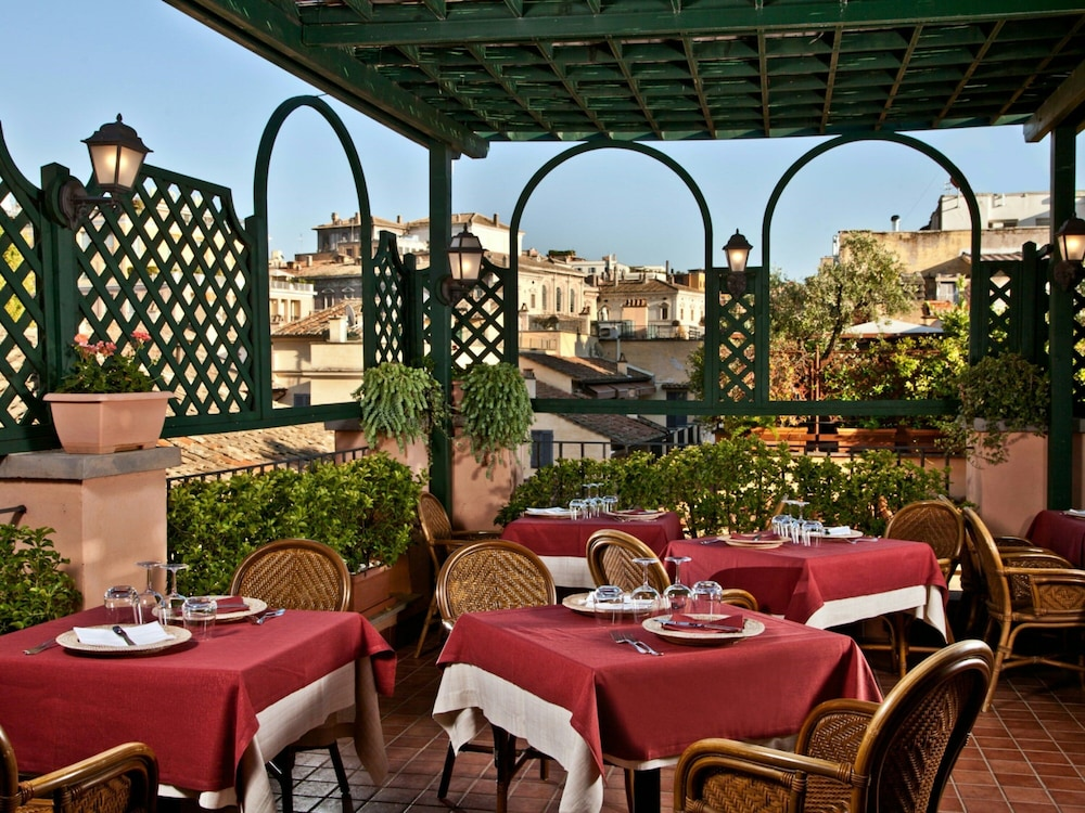Featured Image, Albergo Ottocento