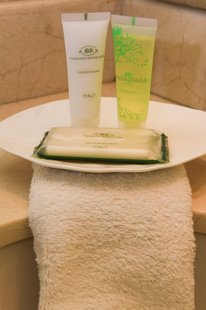 Bathroom Amenities, Coco Beach Hotel