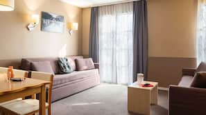 In-room safe, free cots/infant beds, rollaway beds, free WiFi