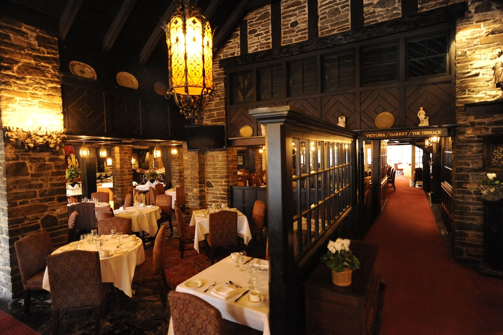 Restaurant, Old Mill Toronto