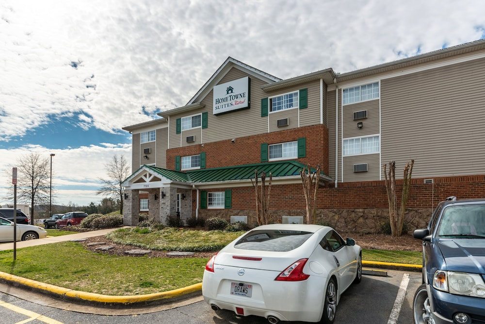 Exterior, HomeTowne Studios & Suites by Red Roof Charlotte - Concord