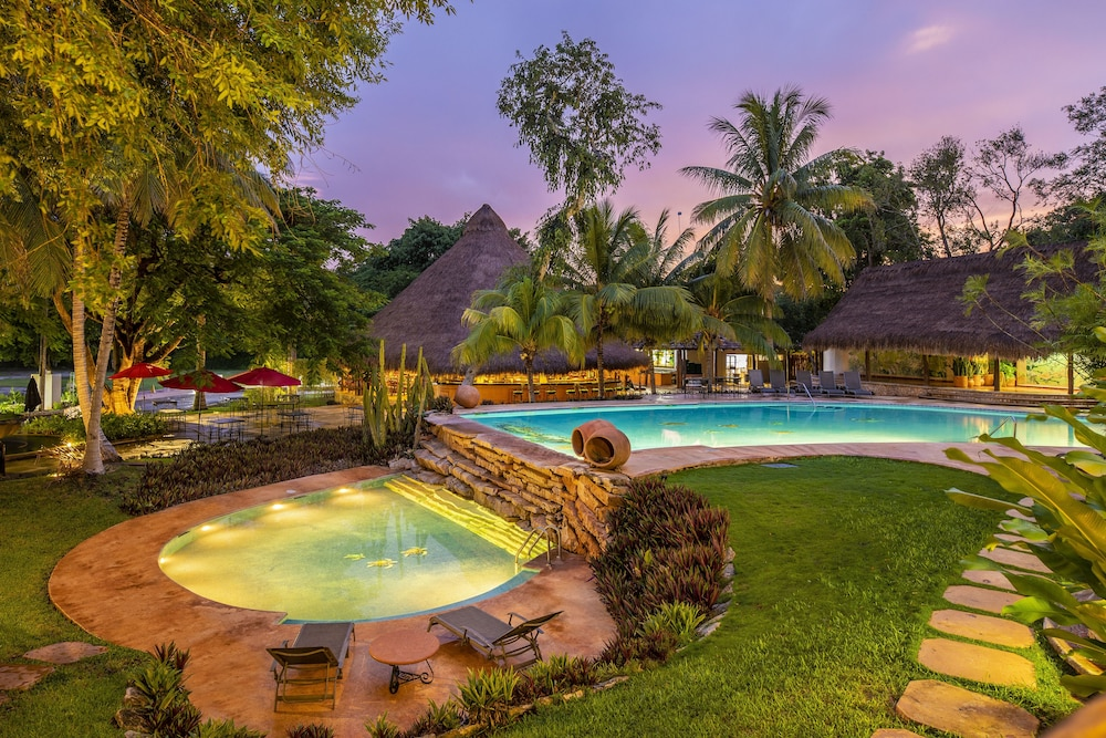 Pool, The Lodge At Uxmal