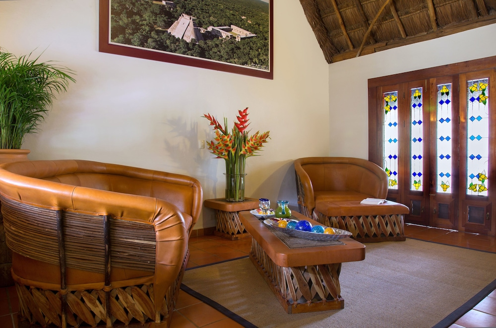 Living Room, The Lodge At Uxmal