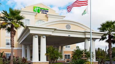Holiday Inn Express Hotel & Suites New Tampa I-75, an IHG Hotel