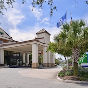 Holiday Inn Express & Suites New Orleans Airport South, an IHG Hotel