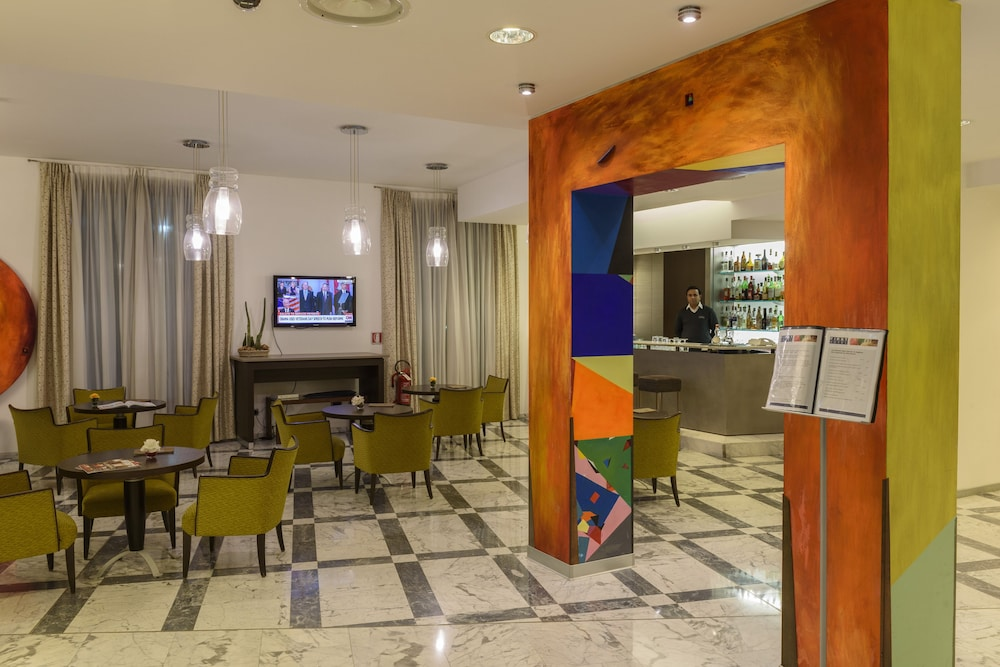 Sala Fumatori Malpensa : First hotel malpensa milano italia expedia