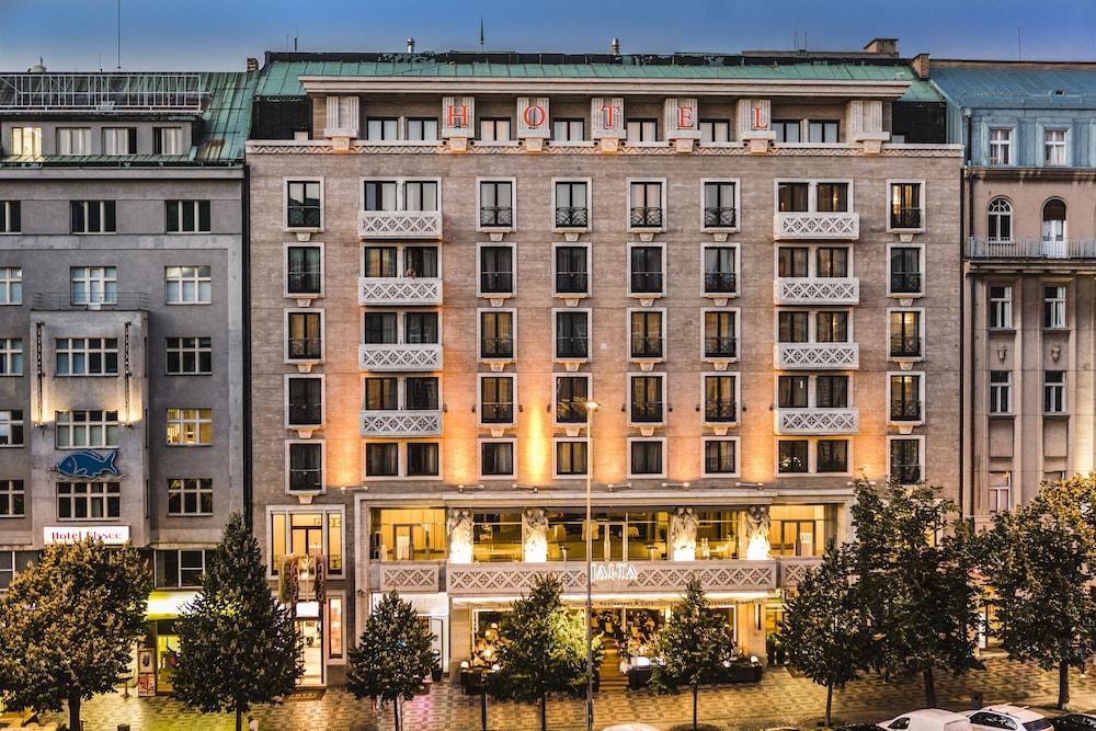 Jalta boutique hotel deals reviews prague cze wotif for Luxury boutique hotels prague