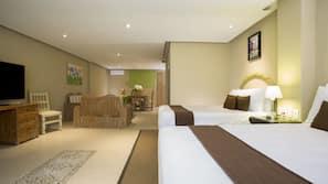 Ropa de cama de alta calidad, caja fuerte, escritorio y Internet