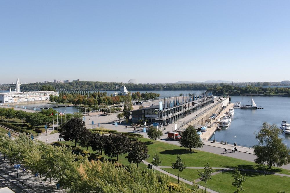 Auberge du vieux port deals reviews montreal canada - Auberge jeunesse marseille vieux port ...