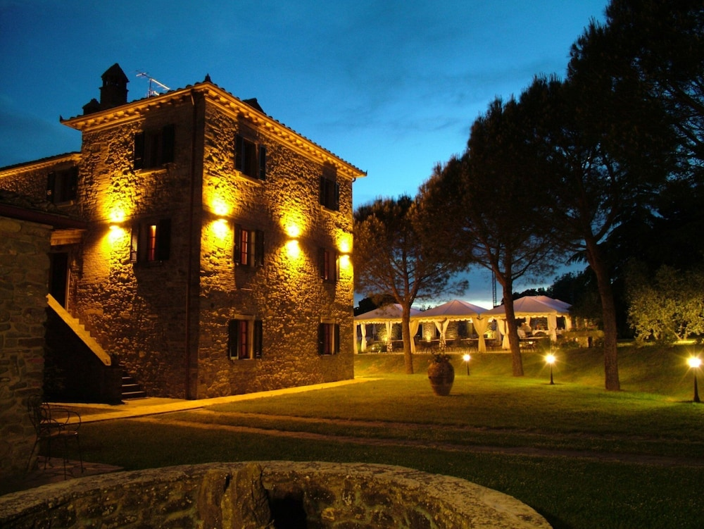 Featured Image, Relais La Corte dei Papi