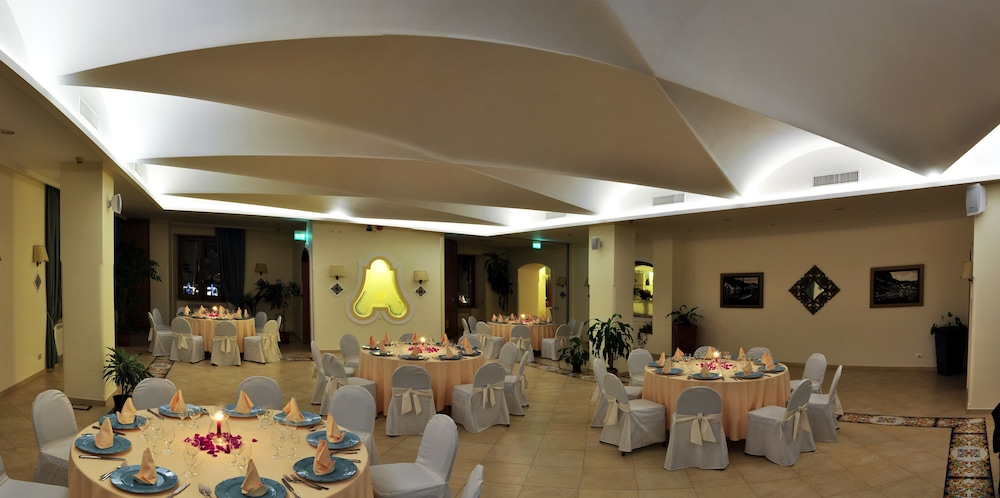 Indoor Wedding, Hotel La Bussola