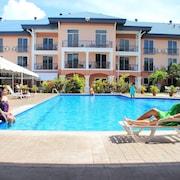 Tradewinds Hotel