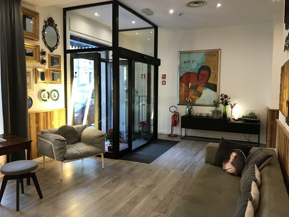 Hotel bernina in milan hotel rates reviews on orbitz for Hotel bernina milano
