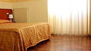 Desk, free cots/infant beds, free WiFi, linens