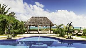 6 outdoor pools, free cabanas, pool umbrellas