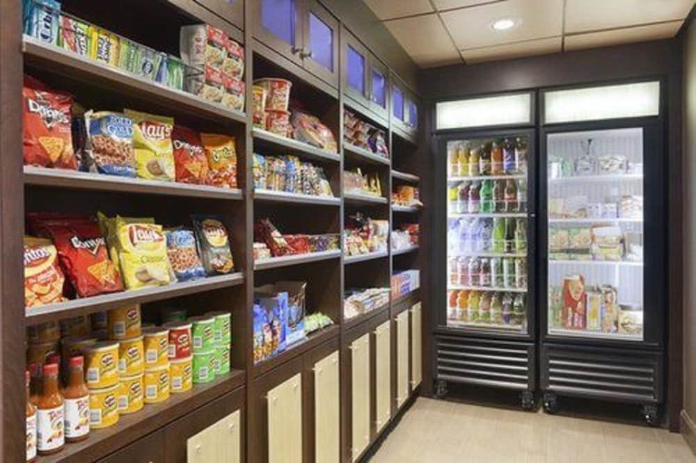 Snack Bar, Country Inn & Suites by Radisson, Newark Airport, NJ