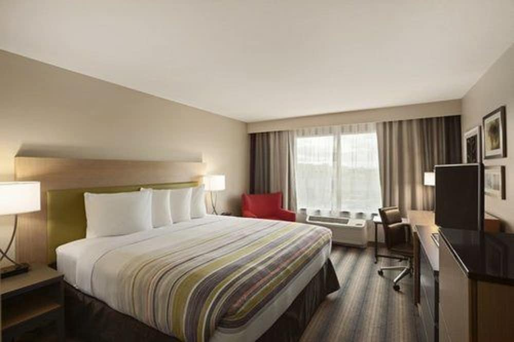 Room, Country Inn & Suites by Radisson, Newark Airport, NJ