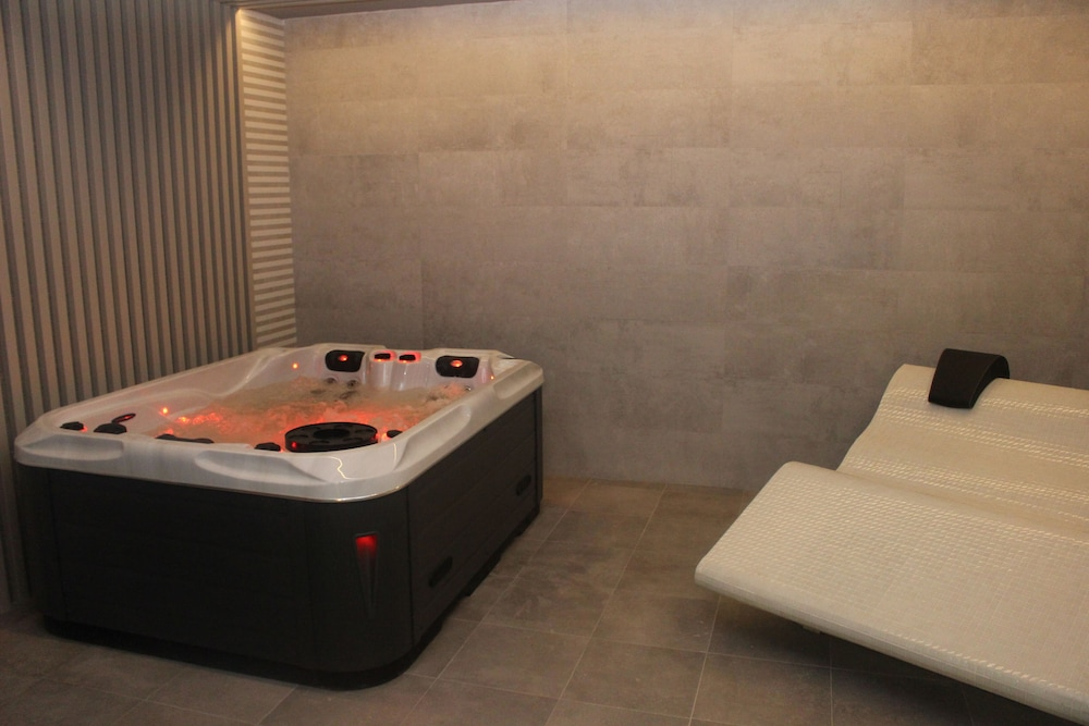 Jetted Tub, Hotel Spa Tudanca Aranda