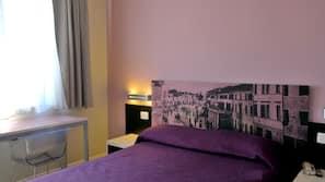 Coffre-forts dans les chambres, décoration personnalisée, bureau