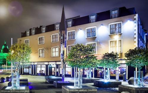 Hotels Near Busaras Dublin