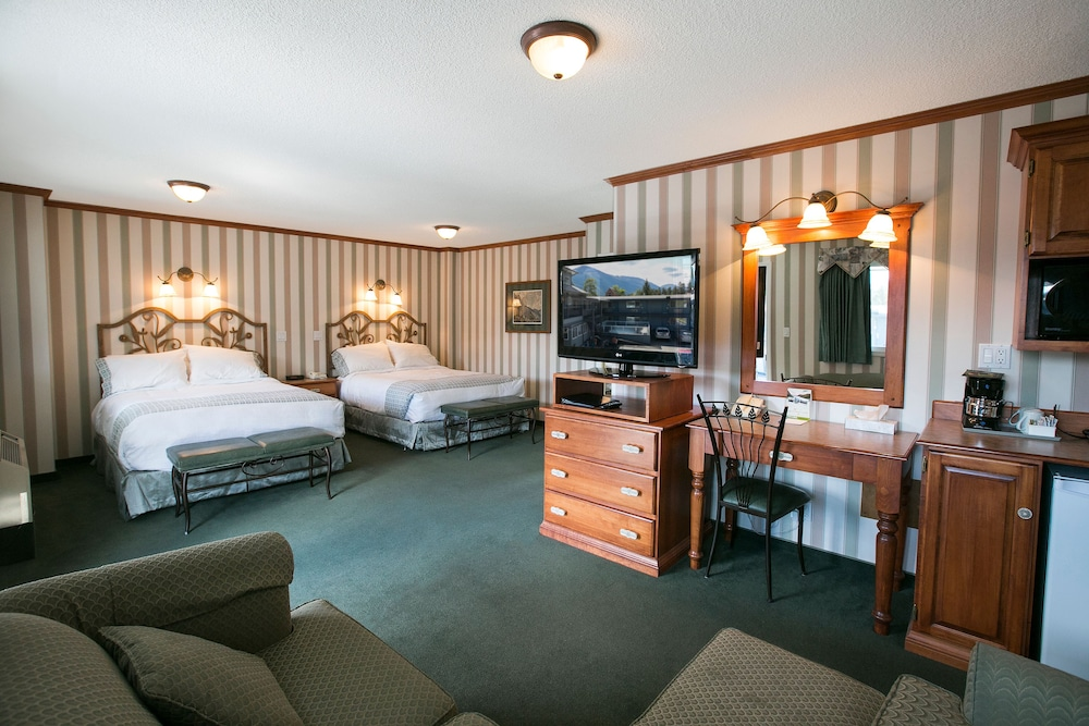 Room, Mount Robson Inn