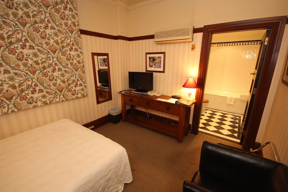 The wellesley boutique hotel heritage collection for Boutique hotel collection
