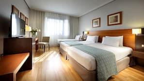 Minibar, una cassaforte in camera, una scrivania