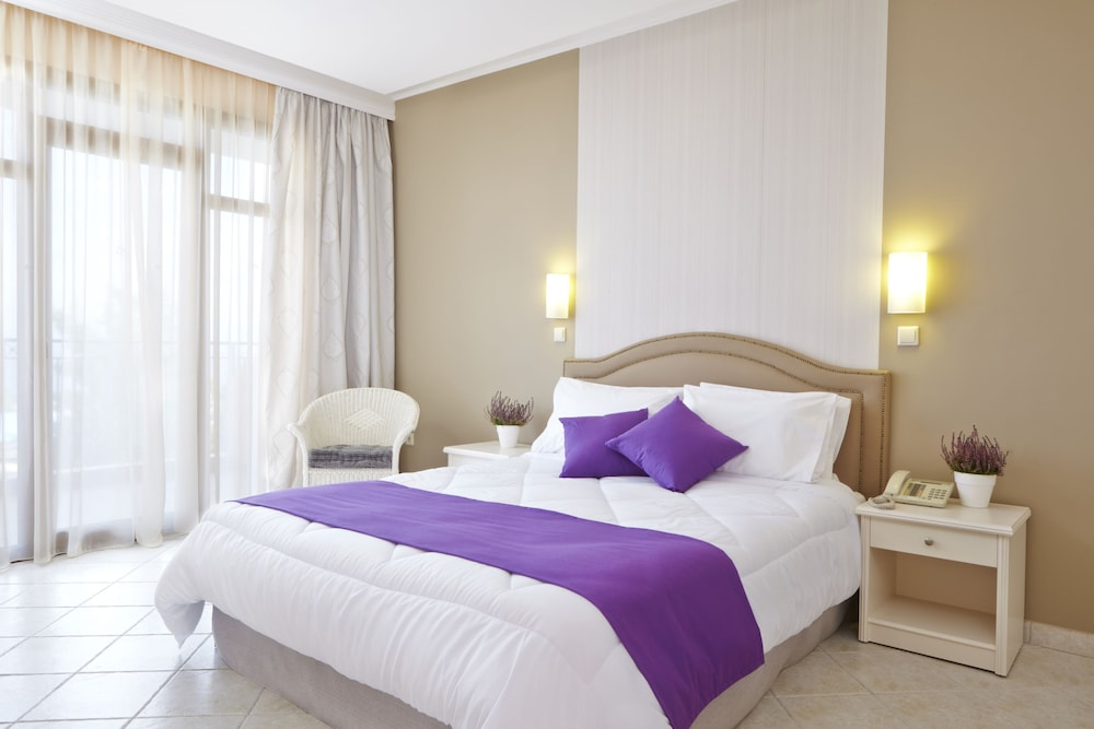 Room, Alia Palace Hotel - Adults Only 16+