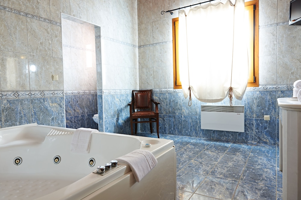 Bathroom, Alia Palace Hotel - Adults Only 16+